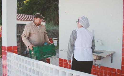 Agricultura familiar na merenda escolar
