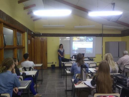 Fiscal Ambiental da Prefeitura palestra para estudantes do IFRS