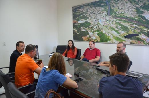 Municípios vizinhos visitaram Prefeitura para debater informações sobre coleta de lixo