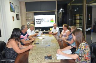 Município repassa recursos para Círculo de Máquinas e Fundação Cultural