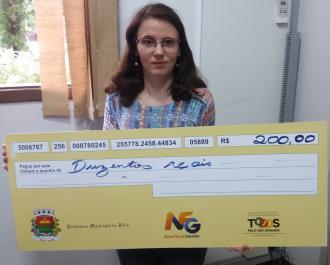 Ganhadoras retiram prêmio da Nota Fiscal Gaúcha Municipal