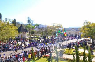 Independência do Brasil é comemorada com desfile cívico